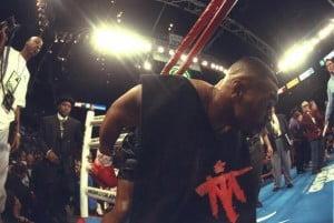 тайсон выходит на ринг